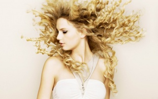 Taylor Swift Curls wallpapers and stock photos