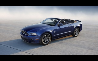 2013 Mustang azul wallpapers and stock photos