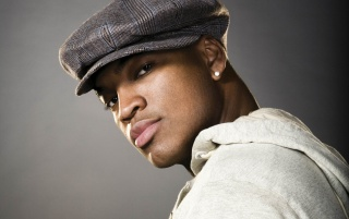 Ne-Yo Uit�-te wallpapers and stock photos