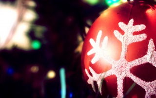 Christmas Ornament wallpapers and stock photos