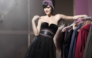 Katy Perry Vestido Negro wallpapers and stock photos