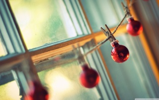 Red Christmas Globes wallpapers and stock photos