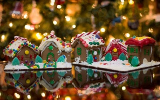 Christmas Ginger Bread House wallpapers and stock photos