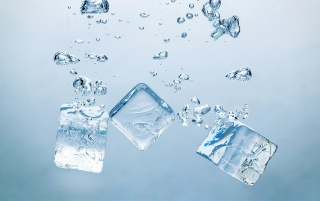 Ice Cubes wallpapers and stock photos