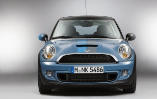 Next: 2012 Blue Mini Bayswater Front