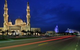 Jumeirah Mosque wallpapers and stock photos