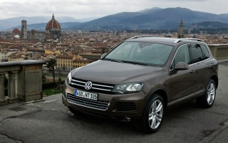 New VW Touareg V6 TDI Front Angle wallpapers and stock photos