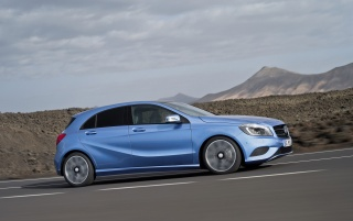 Random: 2012 Mercedes-Benz A Class Speed