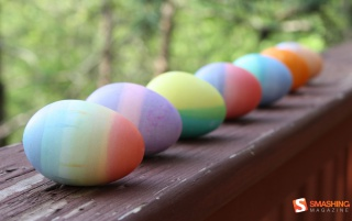 Random: Dyed Easter Eggs