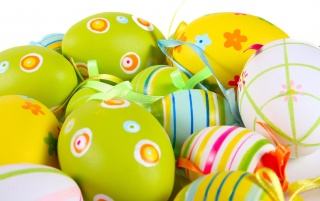 Green and yellow Easter eggs wallpapers and stock photos