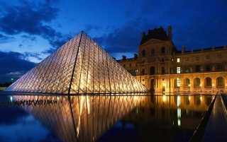 Louvre Paris wallpapers and stock photos