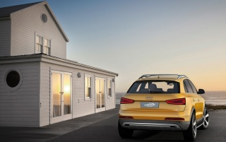 2012 Yellow Audi Q3 jinlong yufeng Rear Static wallpapers and stock photos