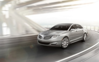 2013 Lincoln MKZ de movimiento wallpapers and stock photos