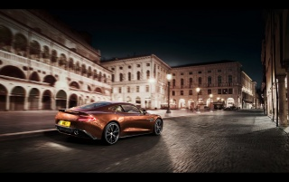 2013 Aston Martin Vanquish Motion Side Angle wallpapers and stock photos