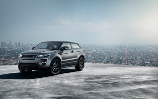 Random: 2012 Range Rover Evoque Special Edition with Victoria Beckham Static Front