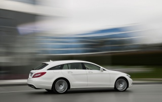 Random: 2012 Mercedes-Benz CLS Shooting Brake CLS 250 CDI White Speed Side