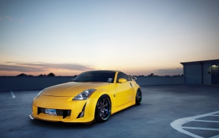 Yellow Nissan 350z on Rooftop wallpapers and stock photos