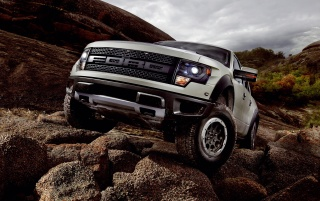 Random: 2013 Ford SVT Raptor Static