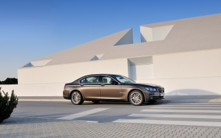 2012 BMW 7 Series Long Wheelbase Static Side wallpapers and stock photos