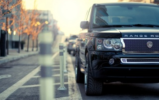 Random: STRUT Range Rover Section