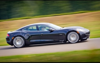 2012 Fisker Karma Geschwindigkeit Side wallpapers and stock photos