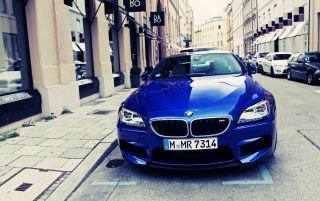 Blue BMW M6 on the Streets wallpapers and stock photos