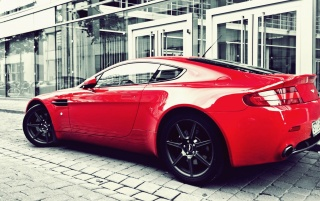 Previous: Red Aston Martin V12 Vanquish