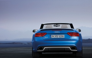 Previous: 2013 Audi RS 5 Cabriolet Static Rear