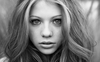 Michelle Trachtenberg B & W wallpapers and stock photos