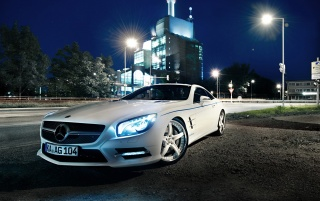 White Mercedes SL wallpapers and stock photos