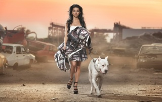 Previous: Inna Photoshoot