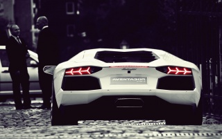 Previous: White Lamborghini Aventador LP700-4 Rear