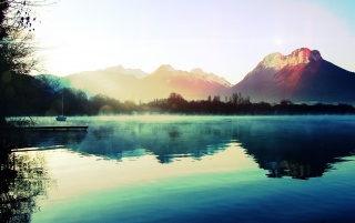 Mountain Lake wallpapers and stock photos