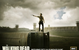 The Walking Dead Staffel 2 Poster wallpapers and stock photos
