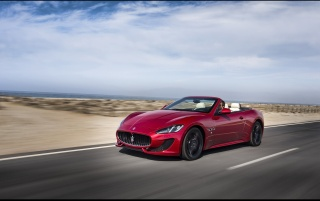 2013 Maserati GranCabrio Sport Motion Front Angle wallpapers and stock photos