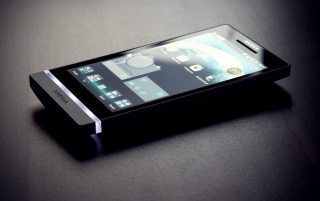 Sony Xperia S Primer plano wallpapers and stock photos