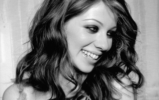 Next: Michelle Trachtenberg Smile