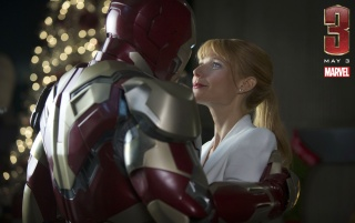 Random: Iron Man and Pepper Potts