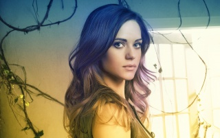 Lyndsy Fonseca Re-worked Portrait wallpapers and stock photos