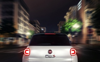 2014 Fiat 500L Rear Motion at Night wallpapers and stock photos