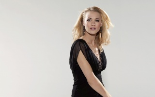 Beautiful Yvonne Strahovsky wallpapers and stock photos