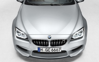 Random: 2013 BMW M6 Gran Coupe Bonnet Section Studio