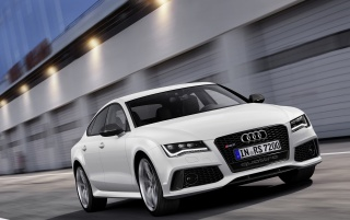 2013 Audi RS 7 Sportback Motion Front Angle wallpapers and stock photos