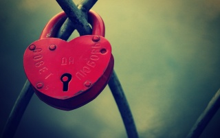 Heart Shaped Lock wallpapers and stock photos