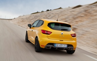 2013 Renault Clio RS 200 EDC Bewegung hinten wallpapers and stock photos
