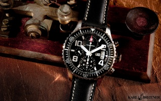 Karl Breitner Aviator AVT-SBLX wallpapers and stock photos