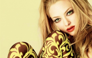 Amanda Seyfried Green Eyes wallpapers and stock photos