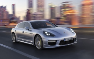 2014 Porsche Panamera Preview Turbo Executive Speed wallpapers and stock photos