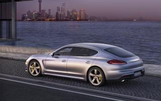 2014 Porsche Panamera Preview Turbo Executive Side Angle wallpapers and stock photos