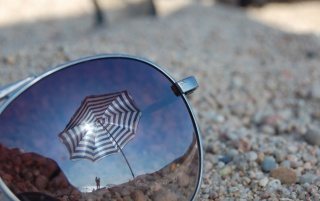 Sunglasses Reflections wallpapers and stock photos